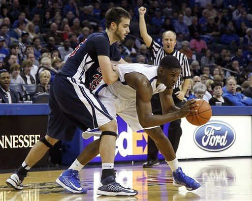 No. 17 Memphis defeats Samford 65-54