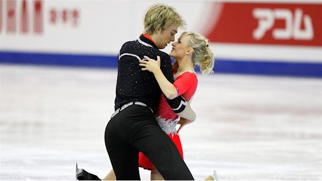 Figure Skating - Coomes and Buckland break own record in Japan