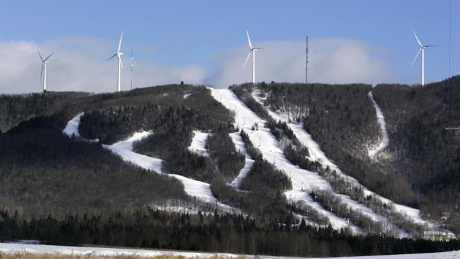 Snowmobile trails would link Maine wind farms