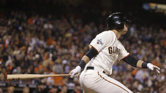 Belt homers, doubles in Giants' 7-0 win over Braves