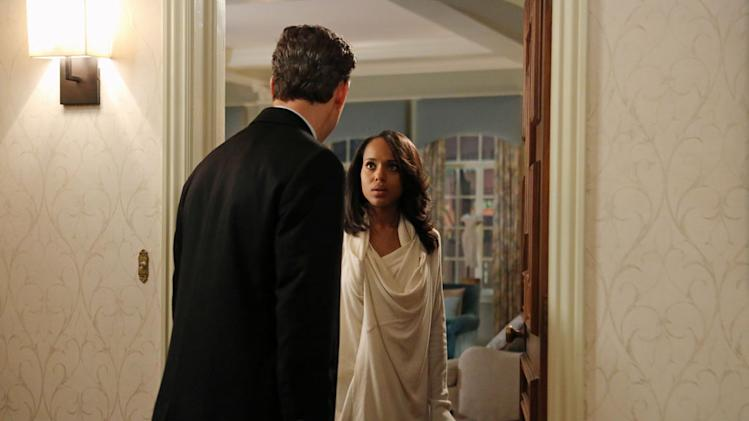 """Scandal"" -- ""A Woman Scorned"" TONY GOLDWYN, KERRY WASHINGTON"