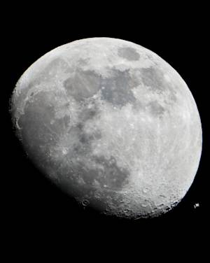 Saturday's Supermoon: Facts, Myths and Observing Tips