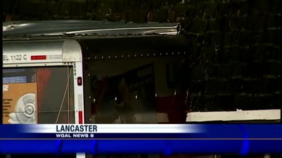Moving truck creates mess at Lancaster intersection