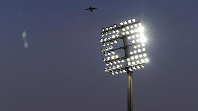 2010 CRICKET Floodlights general