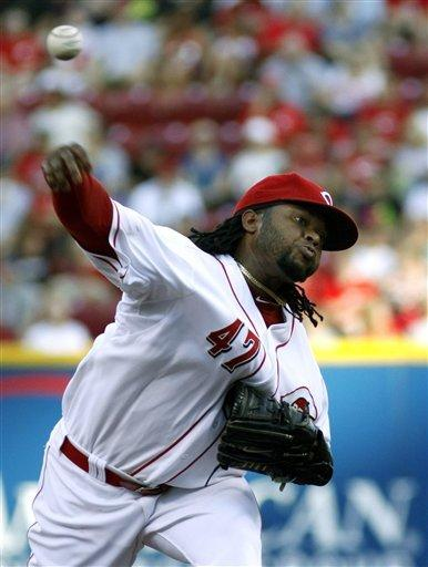 Cueto, Votto lead Reds over Indians 7-1