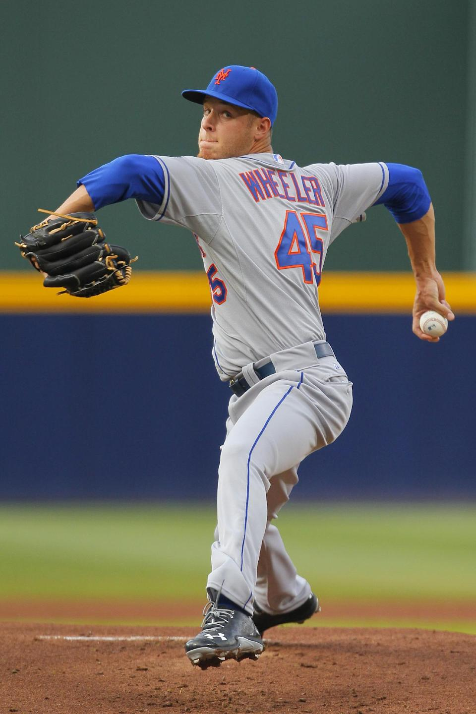 Wheeler, Harvey lead Mets' sweep of Braves