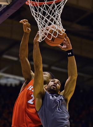 Demps, Northwestern upend No. 23 Illinois 49-43