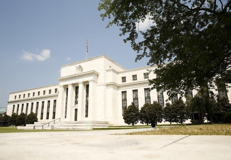New Fed rule limits its crisis bailout powers