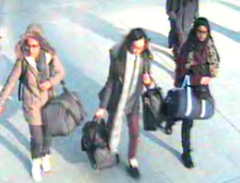 CCTV shows Syria-bound UK girls at Istanbul bus station: reports