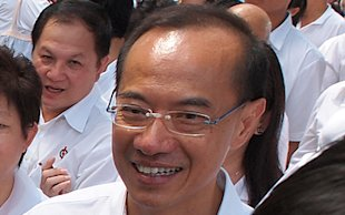 Foreign Minister George Yeo leaves politics. (Yahoo! photo/ Henry Lim)