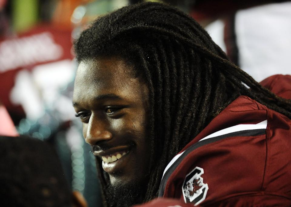 Spurrier: Clowney working to return vs. Arkansas
