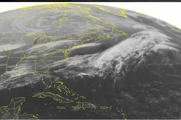 Mid Atlantic and Ohio Valley associated with a stationary front. Areas
