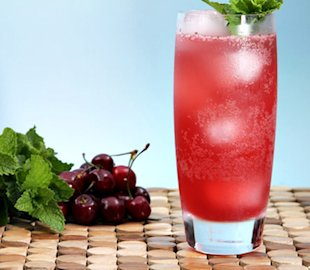 Bing cherry mojitos