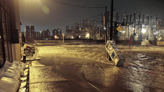 After Sandy, NYC eyes moving power gear higher