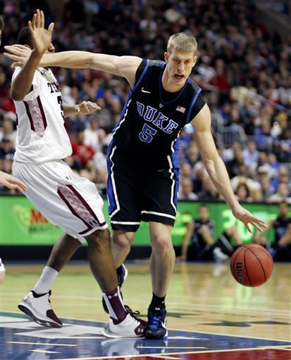 Wyatt sparks Temple to 78-73 win over No. 5 Duke