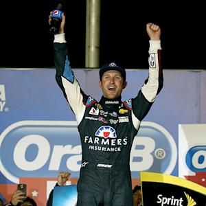 Kahne celebrates hard earned Atlanta victory