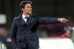 Montella commits future to Fiorentina