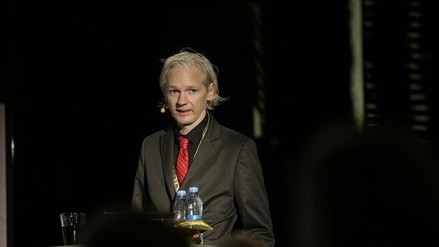 Read Manning and Assange's chat logs from the weeks before 'Collateral Murder'