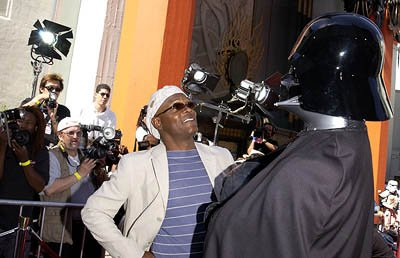 Samuel L. Jackson tells Darth Vader to hand over the wallet that says &quot;Bad Master Jedi&quot; on it at the LA premiere of 20th Century Fox's Star Wars: Episode II