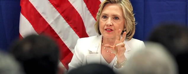 Clinton personally paid for server, says report