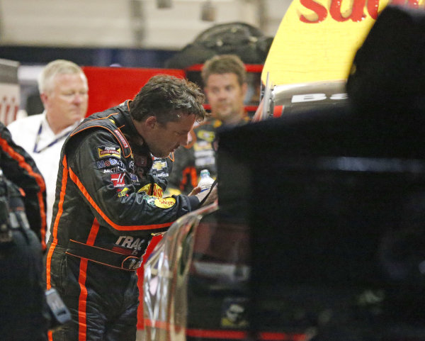 Tony Stewart's return to race track ends early