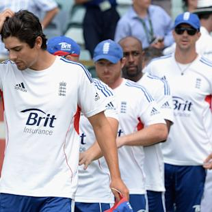 Cook stands by team after Ashes defeat