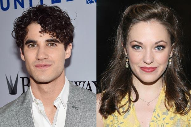 Darren Criss, Laura Osnes to Host Tony Awards First-Ever Red Carpet Show