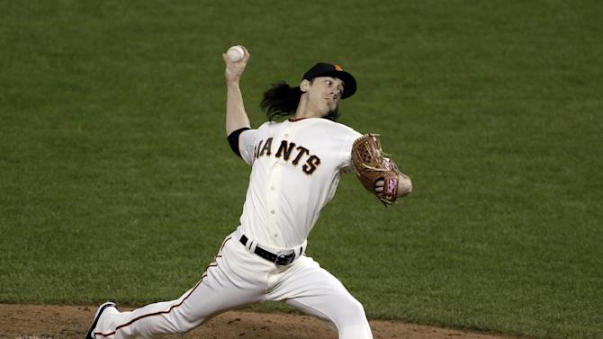 San Francisco Giants' Tim Lincecum throws during the seventh inning of Game 1 of baseball's World Series against the Detroit Tigers Wednesday, Oct. 24, 2012, in San Francisco. (AP Photo/Jeff Chiu)