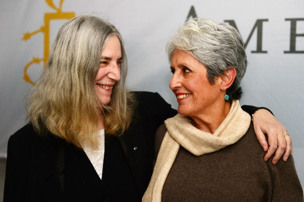 Amnesty gives top rights award to Ai Weiwei, Joan Baez