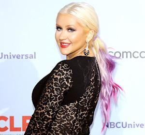 Christina Aguilera Shares Her Voice Advice for Usher and Shakira!