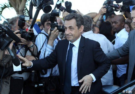 Nicolas Sarkozy trait de &quot; pauvre con &quot;  la Runion