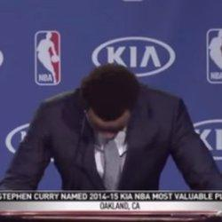 Stephen Curry Breaks Down While Thanking Dad During MVP Speech