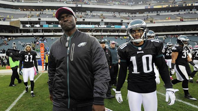Philadelphia Eagles defensive coordinator Todd Bowles, left, and wide receiver DeSean Jackson walk off the field at the end of an NFL football game against the Atlanta Falcons, Sunday, Oct. 28, 2012, in Philadelphia. The Falcons won 30-17. (AP Photo/Michael Perez)