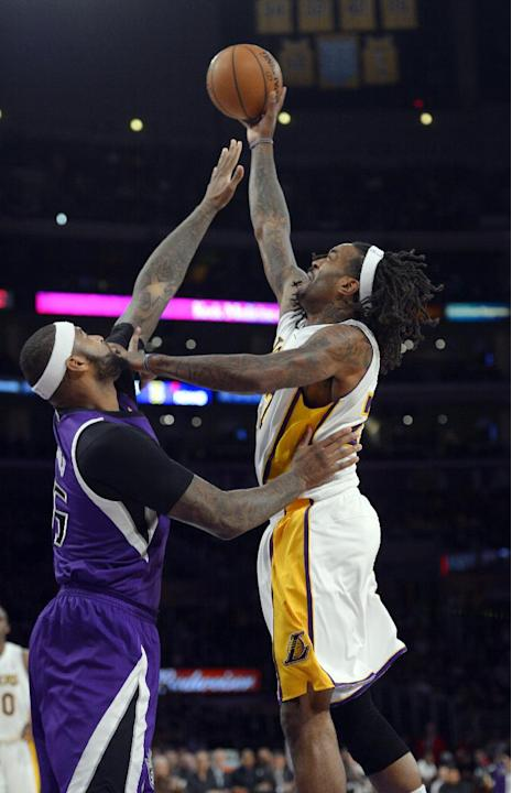 Henry, Gasol lead Lakers past Kings 100-86