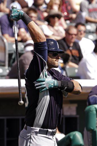 Morales, Smoak homer, M's beat Rockies 4-3