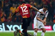 Drogba misses penalty in surprise Galatasaray defeat