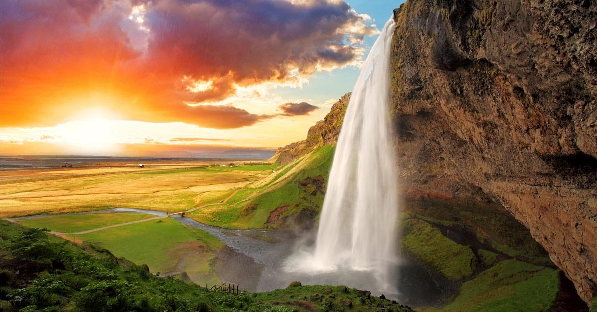 21 Incredible Iceland Destinations You Need To See