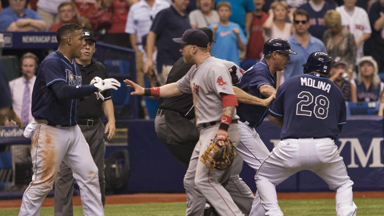 Red Sox lose 10th straight, brawl with Tampa Bay
