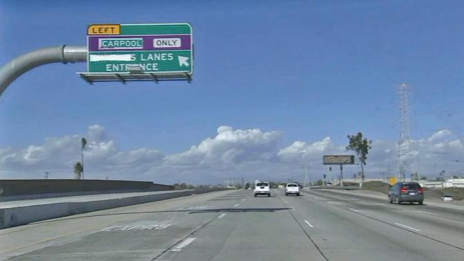 10 Freeway toll lanes aim to ease traffic