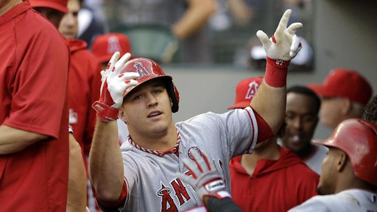 Trout homers as Angels down M's