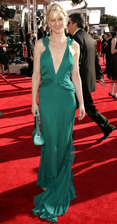 Teri Polo at The 57th Annual Emmy Awards. 
