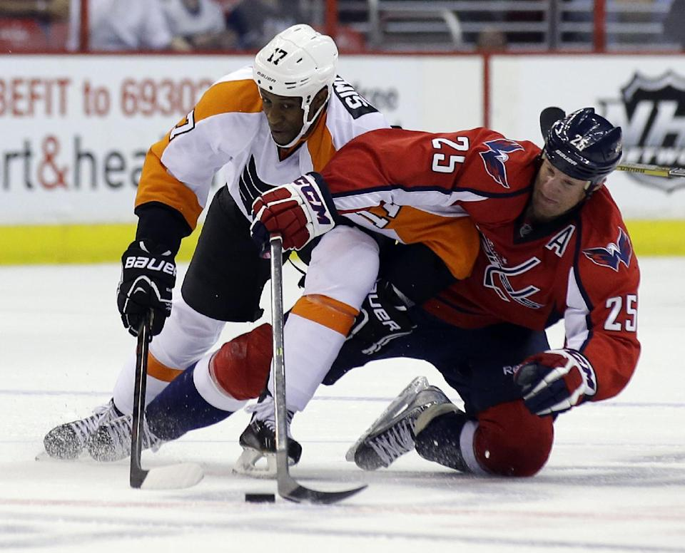 Ovechkin helps Capitals beat Flyers 6-3