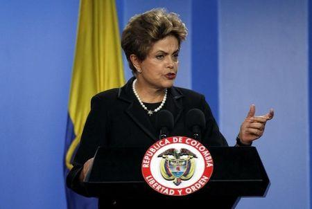 Brazil's Rousseff gains time to avert impeachment