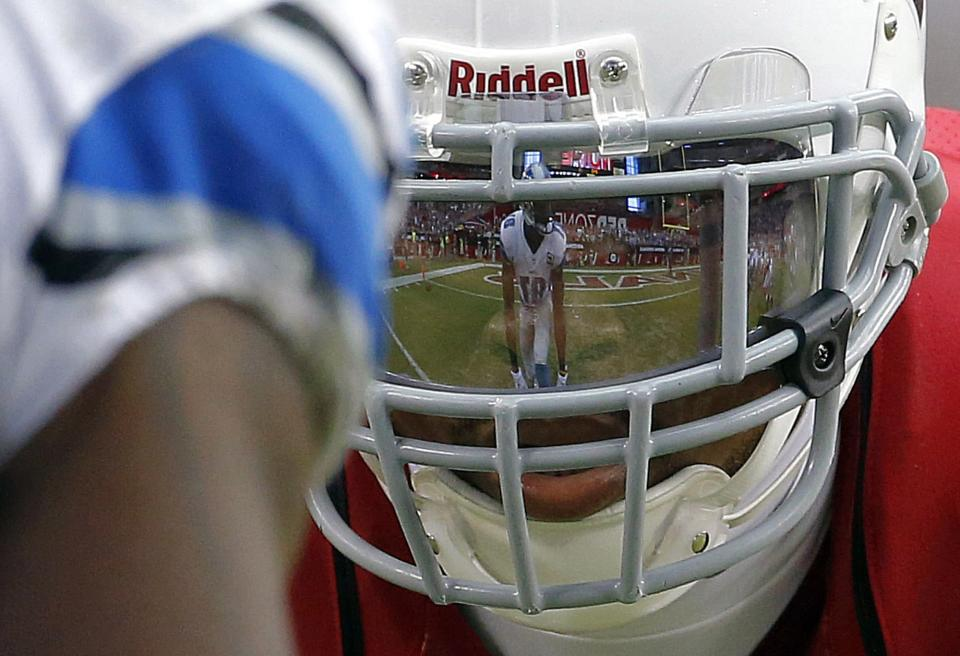 Cardinals get late touchdown to beat Lions 25-21