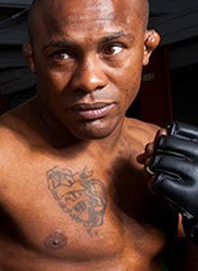 Vila a late-blooming MMA star
