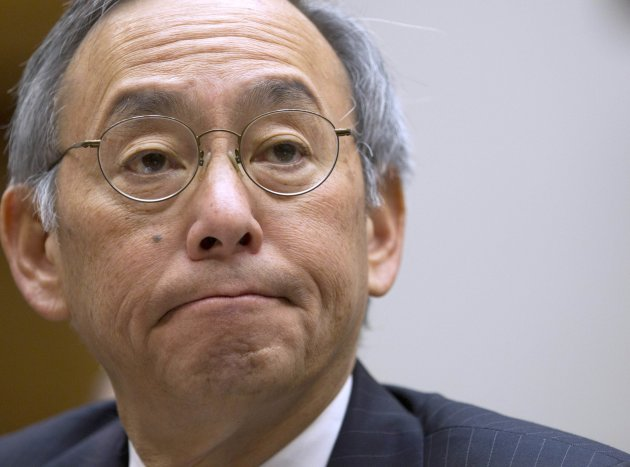 <p>               FILE - In this Nov. 17, 2011 file photo, Energy Secretary Steven Chu testifies on Capitol Hill in Washington. On Friday, the White House announced that Chu would be resigning his post.  (AP Photo/Evan Vucci, File)