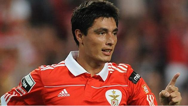 World Football - Benfica's Cardozo signs new deal