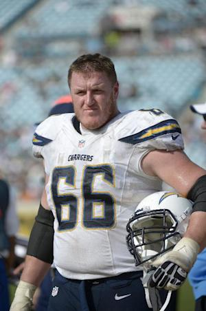 Chargers' Jeromey Clary out against Broncos