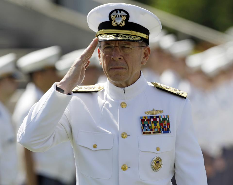 Joint Chiefs Chairman Adm. Mike Mullen arrives for a graduation and commissioning ceremony at the U.S. Military Academy in West Point, N.Y., on Saturday, May 21, 2011.   (AP Photo/Mike Groll)