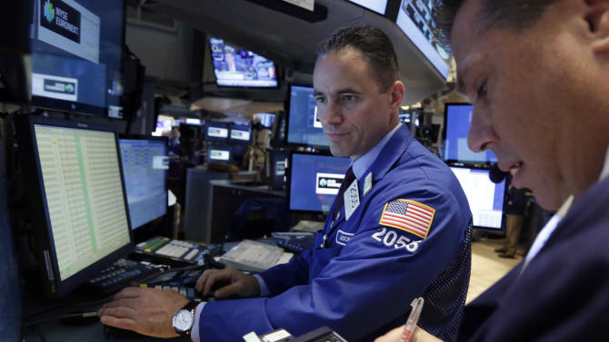 Stocks end little changed after Fed minutes